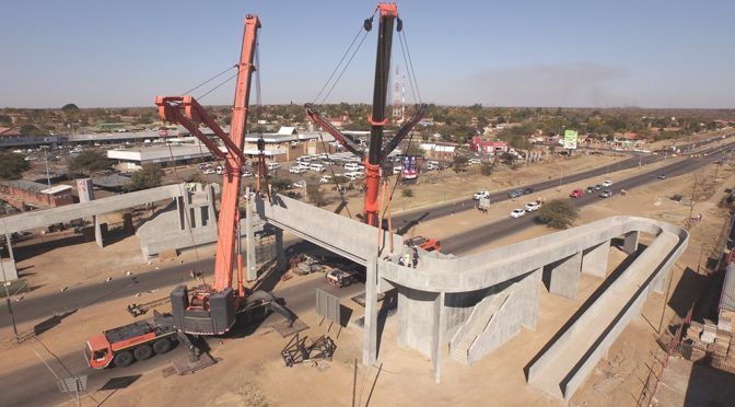 UPFRONT ENGINEERING OF LARGE LIFTS SAVES TIME & MONEY