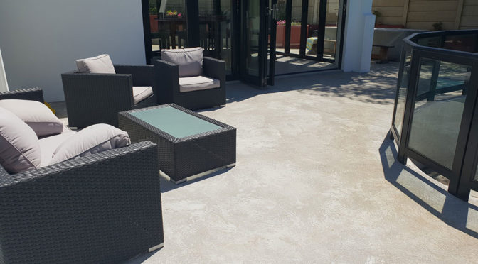 REFURBISH OLD CONCRETE SURFACE EASILY WITH TEXTURE TOP®